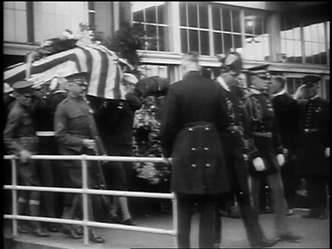 pan military men carrying president warren g harding's casket / san francisco - 1923 stock videos & royalty-free footage