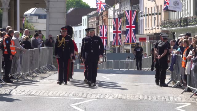 military personnel arrive at windsor castle to for a rehearsal ahead of the royal wedding of prince harry to ms meghan markle on saturday in windsor... - meghan harry stock videos and b-roll footage