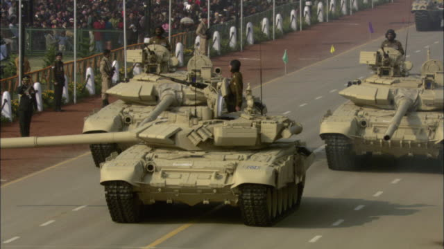 ha ws pan tu military tanks driving down street in india republic day parade during 58th republic day of india celebration on january 26, 2007 / india - military parade stock videos & royalty-free footage