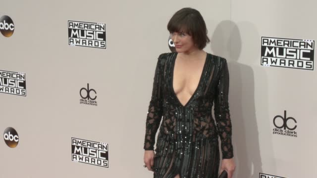 milla jovovich at 2016 american music awards at microsoft theater on november 20 2016 in los angeles california - american music awards stock videos and b-roll footage