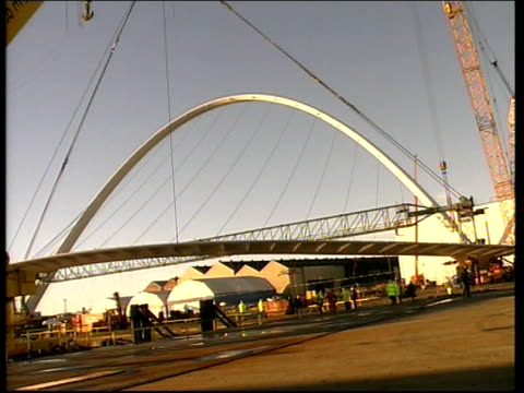 gateshead gvs gateshead millennium bridge being prepared for lifting gvs engineers looking over bridge structure - gateshead stock videos and b-roll footage