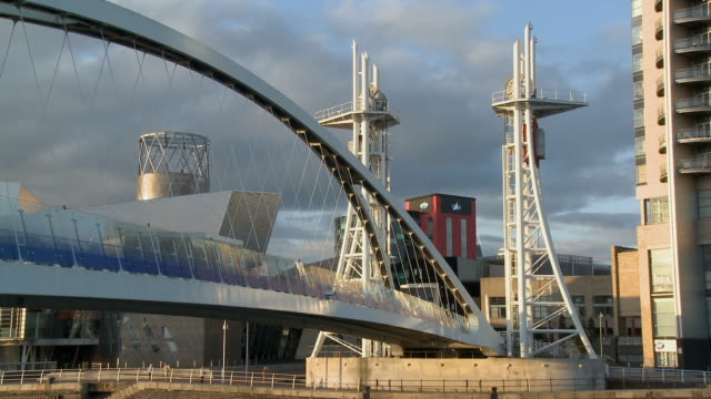 ms, zo, ws, millennium bridge leading to lowry centre at salford quays, manchester, england - salford quays stock videos & royalty-free footage