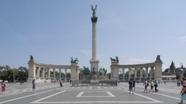 Millennium Monument, Heroes Square Hosok Tere, Budapest, Hungary, Europe