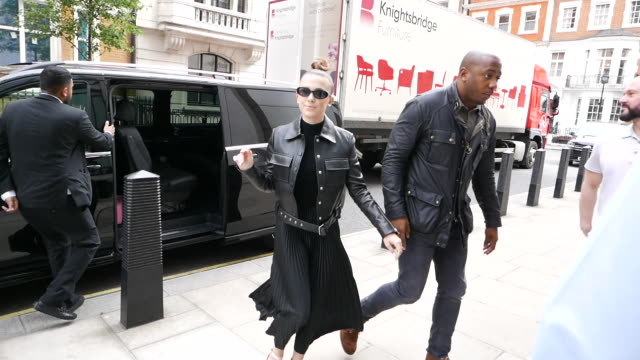 millie bobby brown at bbc radio one at celebrity sightings in london on may 29 2019 in london england - millie bobby brown stock videos & royalty-free footage