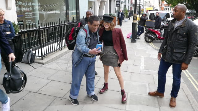 millie bobby brown at kiss fm uk radio studios at celebrity sightings in london on may 28 2019 in london england - millie bobby brown stock videos & royalty-free footage