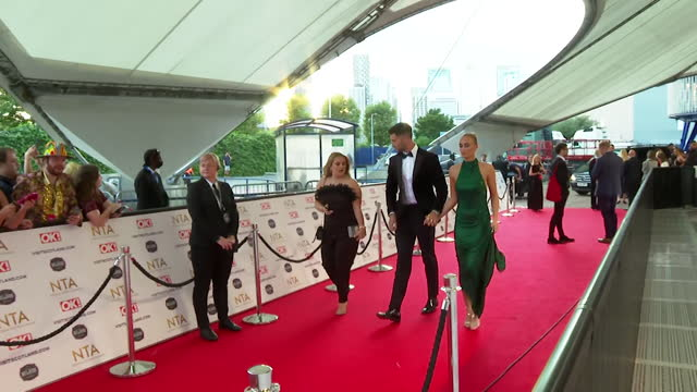 """millie court and liam reardon, love island winners 2021, walk the red carpet at the nta awards 2021 - """"bbc news"""" stock videos & royalty-free footage"""