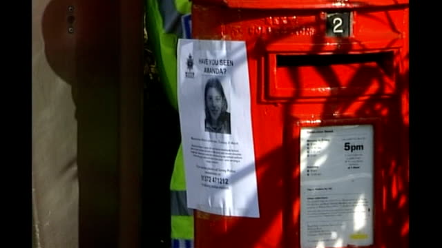 milly's letter to her parents read out in court march 2002 surrey waltononthames police officer searching beside red post box zoom in to 'missing... - missing poster stock videos & royalty-free footage