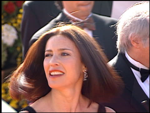 Mimi Rogers at the 2000 Emmy Awards at the Shrine Auditorium in Los Angeles California on September 10 2000