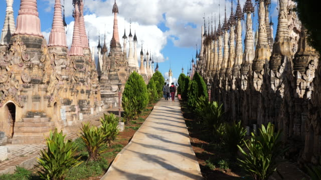 Minamar (Burma), Kakku Pagodas, 2,500 pagodas in the complex
