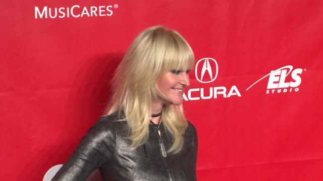 mindi abair at 2014 musicares person of the year honoring carole king at los angeles convention center on in los angeles california - musicares foundation stock videos & royalty-free footage