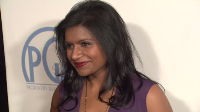 stockvideo's en b-roll-footage met mindy kaling at the beverly hilton hotel on january 22, 2011 in beverly hills, california - the beverly hilton hotel