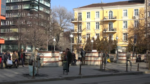 vidéos et rushes de mineral water springs in sofia, bulgaria - sofia