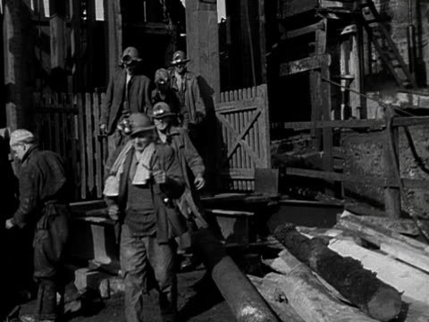 miners leave a tin mine in cornwall. - tin mine stock videos & royalty-free footage