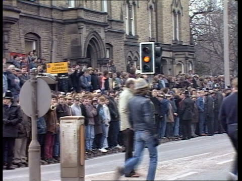 miners' strike / day 8 nat yorks barnsley