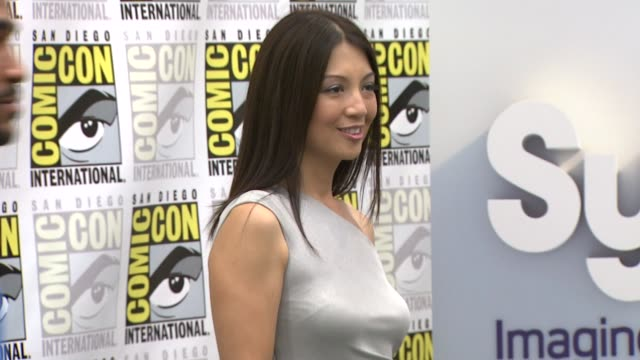 ming-na at the comic-con 2009: 'stargate universe' press line at san diego ca. - ming na stock videos & royalty-free footage