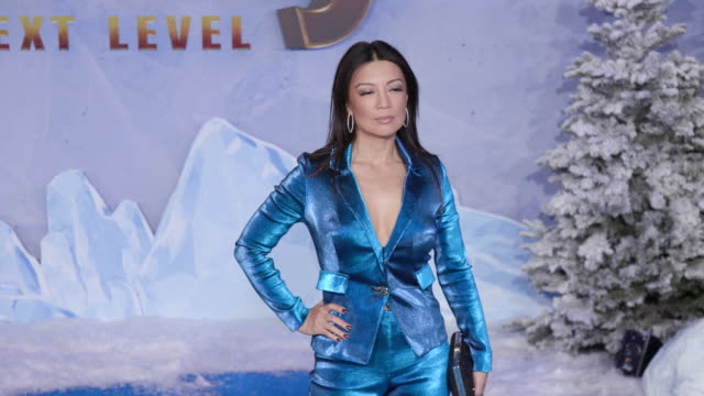 """ming-na wen at the premiere of """"jumanji: the next level"""" on december 09, 2019 in hollywood, california. - ming na stock videos & royalty-free footage"""