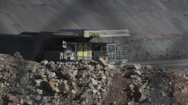 mining in australia - haulage stock videos & royalty-free footage