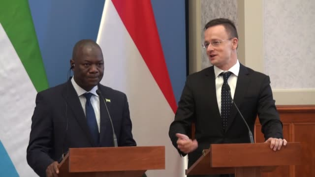 minister of foreign affairs and international cooperation of sierra leone kaifala marah and hungarian minister of foreign affairs and trade peter... - osteuropäische kultur stock-videos und b-roll-filmmaterial