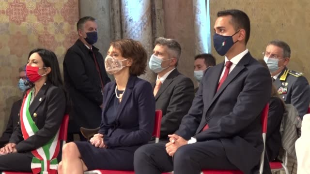 minister of foreign affairs luigi di maio minister for family and equal opportunities elena bonetti at san francesco italy patron celebration on... - government minister stock videos & royalty-free footage