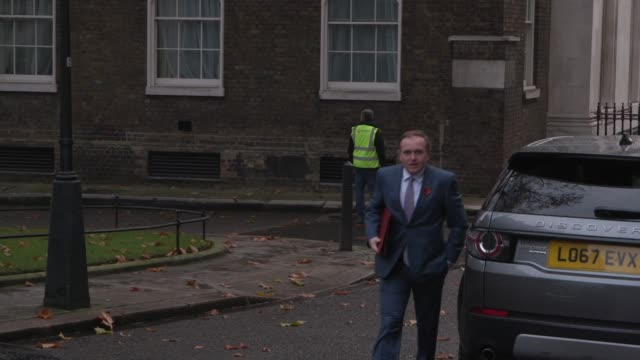 ministers arrive at downing street for a cabinet meeting. boris johnson, rishi sunak, micheal gove, george eustice, alister jack, mark spencer, grant... - ben wallace stock videos & royalty-free footage