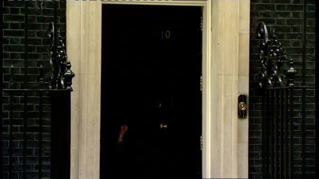 Ministers arriving at no10 for Cabinet meeting ENGLAND London Downing Street No10 EXT Arrivals at No10 for Cabinet meeting Lord Strathclyde Eric...