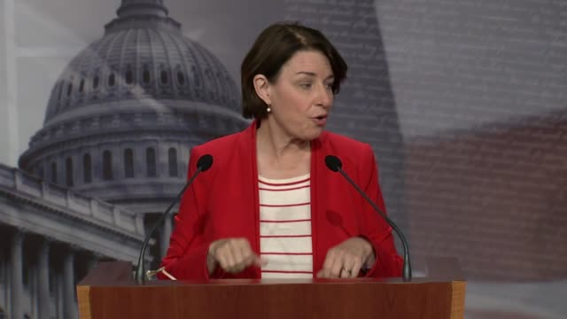 minnesota senator amy klobuchar says at a weekly press conference that what donald trump was doing really twofold to undermine elections by spreading... - carolina del nord stato usa video stock e b–roll