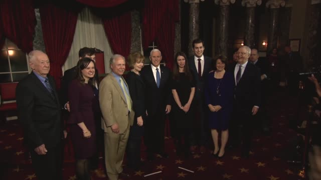 stockvideo's en b-roll-footage met minnesota senatorelect tina smith joins the senate minutes after the 2018 session begins following her appointment as lieutenant governor by governor... - al smith