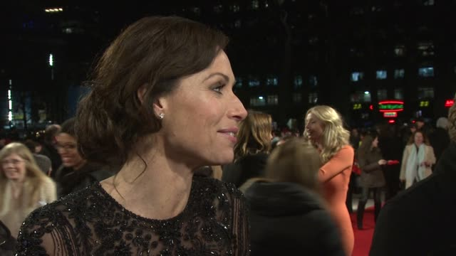 stockvideo's en b-roll-footage met minnie driver at 'i give it a year' european premiere in london england uk on 1/24/13 - minnie driver