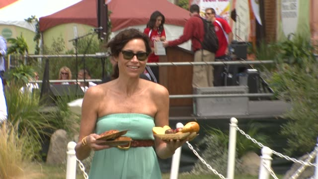 stockvideo's en b-roll-footage met minnie driver at the elizabeth glaser pediatric aids foundation's 22nd annual 'a time for heroes' celebrity carnival at los angeles ca - minnie driver