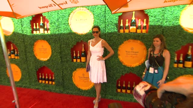 stockvideo's en b-roll-footage met minnie driver at the third annual veuve clicquot polo classic los angeles at will rogers state historic park on 10/6/12 in los angeles california - minnie driver