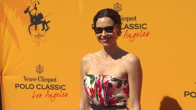 stockvideo's en b-roll-footage met minnie driver at the worldrenowned veuve clicquot polo classic at pacific palisades ca - minnie driver