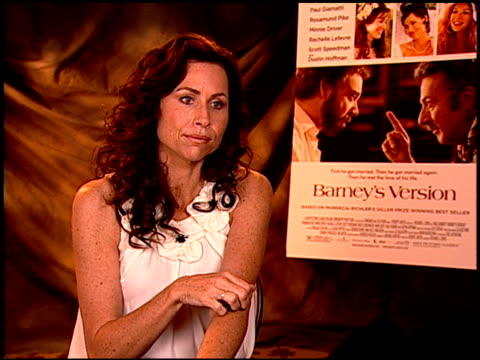 stockvideo's en b-roll-footage met minnie driver on her singing at the 'barney's version' junket at los angeles ca - minnie driver