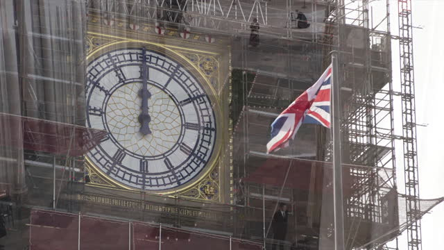 minutes silence across the uk on day of reflection and in memory of all those who lost their lives from coronavirus, one year on from the first... - tower stock videos & royalty-free footage