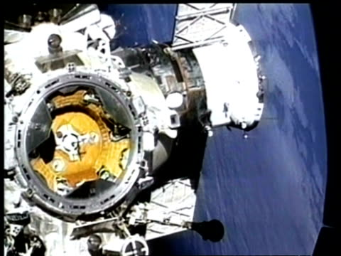 ms mir space stations docking port, as seen from space shuttle, nasa - mir space station stock videos & royalty-free footage