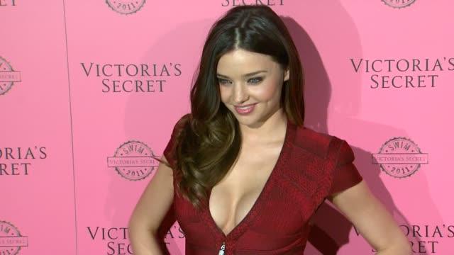 vídeos de stock, filmes e b-roll de miranda kerr at the victoria's secret 2011 'swim' collection launch at west hollywood ca - supermodelo