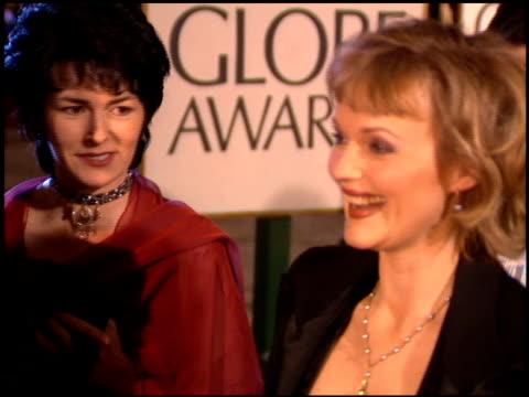 miranda richardson at the 1995 golden globe awards at the beverly hilton in beverly hills, california on january 21, 1995. - ミランダ リチャードソン点の映像素材/bロール
