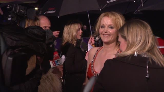 miranda richardson at the the young victoria world premiere at london . - ミランダ リチャードソン点の映像素材/bロール