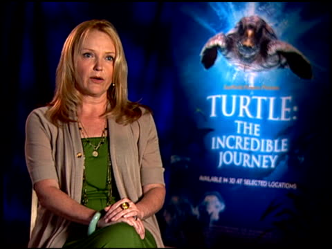 miranda richardson on what she loves about this film. at the 'turtle: the incredible journey' junket at los angeles ca. - ミランダ リチャードソン点の映像素材/bロール