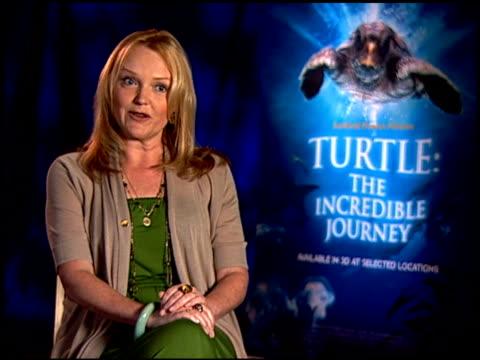 miranda richardson on what 'turtle: the incredible journey' is about. at the 'turtle: the incredible journey' junket at los angeles ca. - ミランダ リチャードソン点の映像素材/bロール