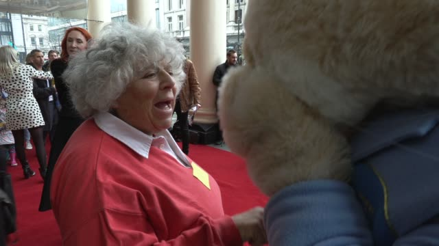 vídeos de stock e filmes b-roll de miriam margolyes on april 09 2019 in london united kingdom - miriam margolyes
