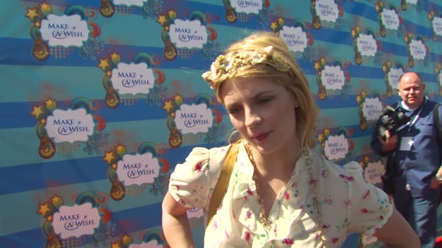 Mischa Barton on why she wanted to be a part of the afternoon what she appreciates about the Make A Wish Foundation what she would tell prospective...