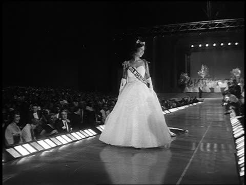 Miss America walking on runway after being crowned