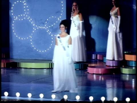 vidéos et rushes de miss california beauty contest, san francisco, california, usa - concurrent