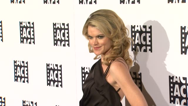 vídeos de stock, filmes e b-roll de missi pyle at 62nd annual ace eddie awards on 2/18/12 in los angeles ca - missi pyle