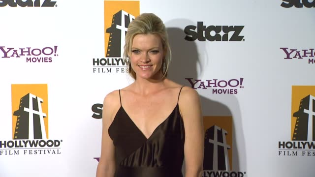 vídeos de stock, filmes e b-roll de missi pyle at the 15th annual hollywood film awards gala at beverly hills ca - missi pyle