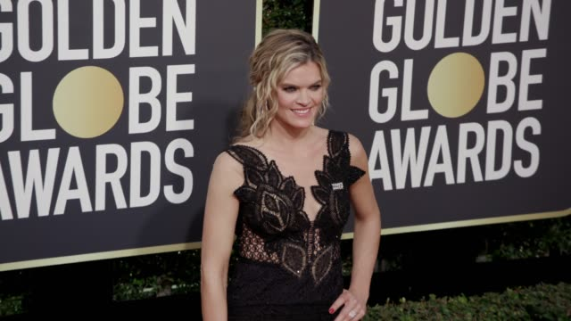 vídeos de stock, filmes e b-roll de missi pyle at the 75th annual golden globe awards at the beverly hilton hotel on january 07 2018 in beverly hills california - missi pyle