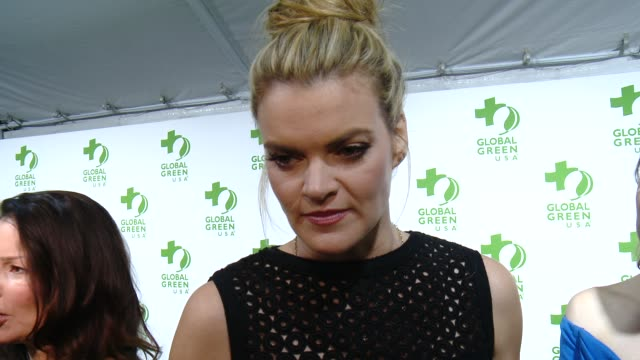 vídeos de stock, filmes e b-roll de interview missi pyle on the event on making the planet greener and on the academy awards at the global green usa 12th annual preoscar® party avalon... - missi pyle