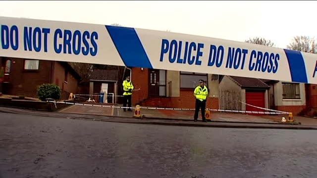 body found / neighbours attend church service SCOTLAND Fife Kirkcaldy EXT Various GVs of cordonned off bungalow in Dunvegan Avenue with police on...
