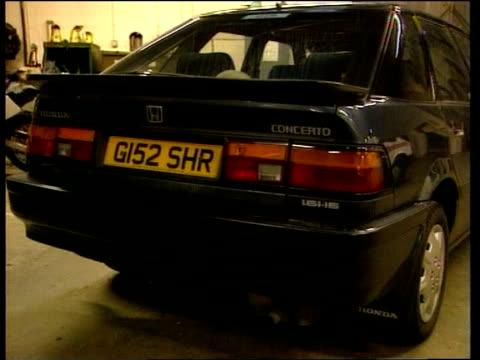 vídeos de stock e filmes b-roll de missing foster children; england: yorkshire: york int gvs car belonging to bramley family - acolhimento familiar