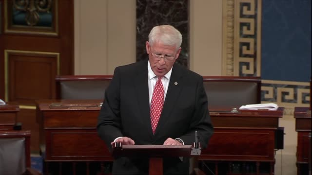 vídeos de stock, filmes e b-roll de mississippi senator roger wicker says strategic competitor china sought to influence united states partners in latin america by providing over $140... - cinto